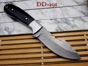 9 Inches Long Full Tang Hand Forged Damascus Steel Custom Made Hunting Knife