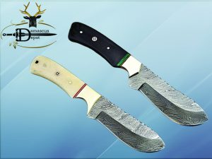 """9"""" Damascus steel full tang Skinning Knife, Black and white scales with Brass Bolster scale, Cow hide Leather sheath included"""