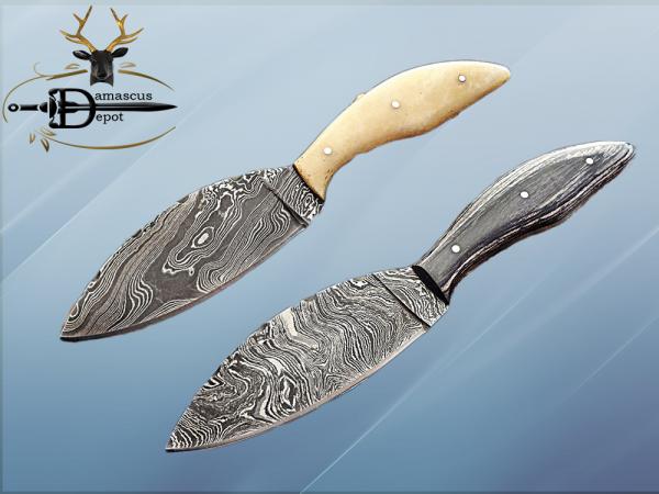 "8.5"" DAMASCUS STEEL BLADE POCKET KNIFE, JIGGED BULL HORN SCALE, LEATHER SHEATH"