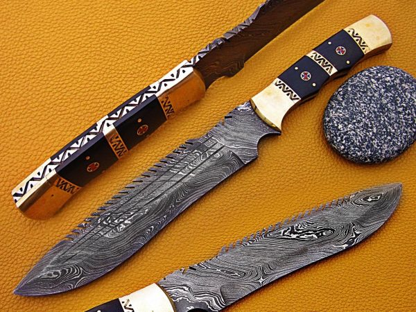 14″ long Damascus steel full tang blade hunting knife, Bull horn scale with engraved Brass spacer & bolster, Co hide Leather sheath