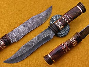 """13.5"""" Long hand forged Damascus steel exotic Hunting Knife with 7"""" blade, Exotic Rose wood scale crafted with engraved brass & fiber spacing, Cow Leather sheath included"""
