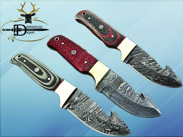 """8"""" Long hand forged Damascus steel full tang blade gut hook skinning Knife, 3 scales available, includes Cow hide leather sheath"""