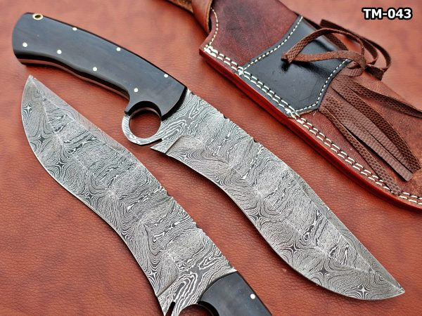 """13"""" Long hand forged Damascus steel Nessmuk machete with finger hole, Black bull horn scale with inserting hole, Cow Leather sheath"""