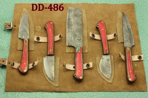 """7.5"""" Damascus folding knife with Damascus bolster on both edges with thumb knob & liner lock equipped, Available in 4 scales, Cow hide leather sheath with belt loop included"""