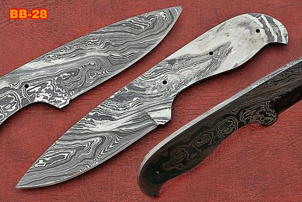 """8"""" drop point Damascus steel blank blade pocket knife with 3.75"""" cutting"""