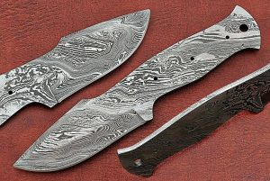 "8"" clip point Damascus steel blank blade pocket knife with 3.5"" cutting"