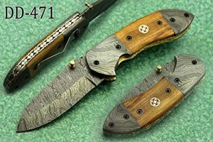 7 Inch Long Hand forged Damascus steel folding knife, Natural Bull Horn scale with Damascus bolster, Equipped with Liner lock and thumb knob, Cow hide Leather sheath (Bull Horn) (Wood)